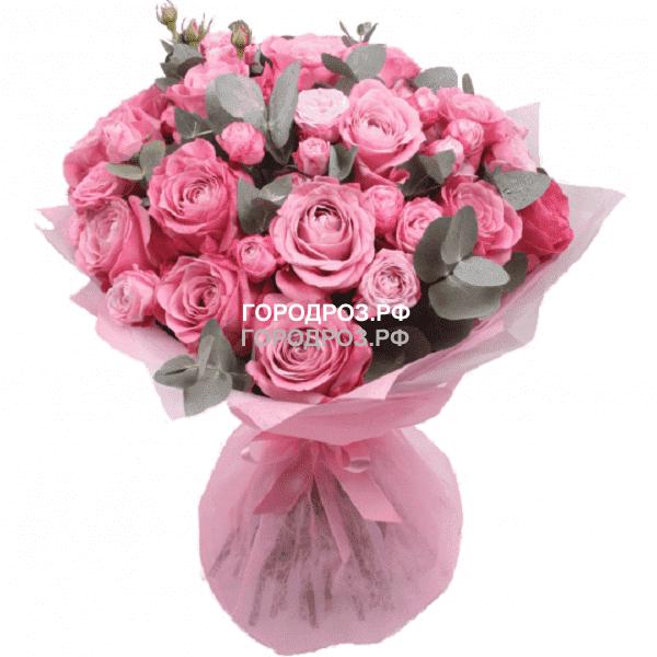 Сборный букет с розами и кустовыми розами