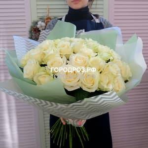 Букет из 39 белых роз