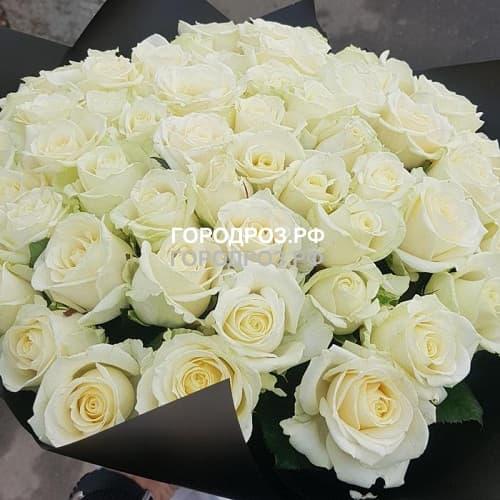 Букет из 55 белых роз