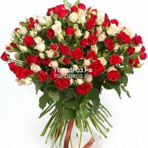 Букет из 29 кустовых роз Микс красные и белые