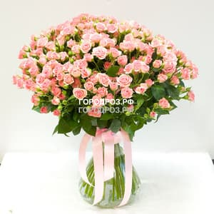 Букет из 51 розовой кустовой розы