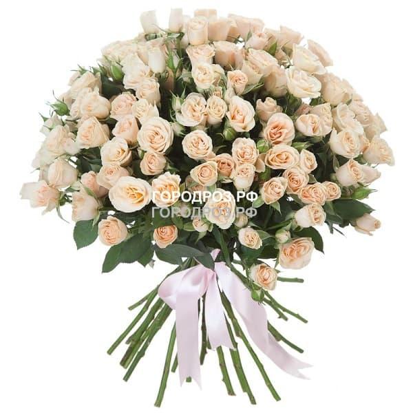 Букет из 39 нежно-розовых кустовых роз