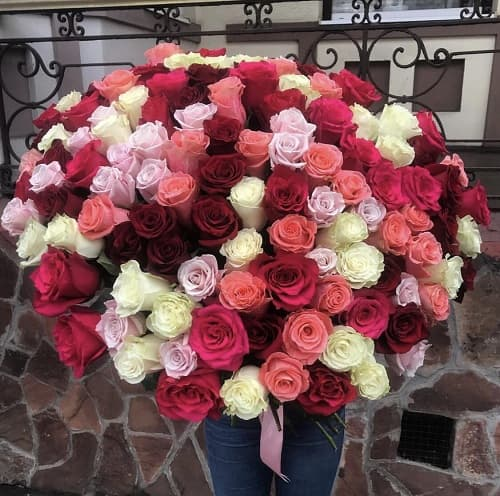 Букеты роз от 5000 рублей